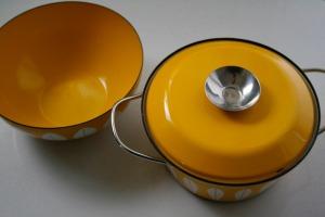 pot and bowl
